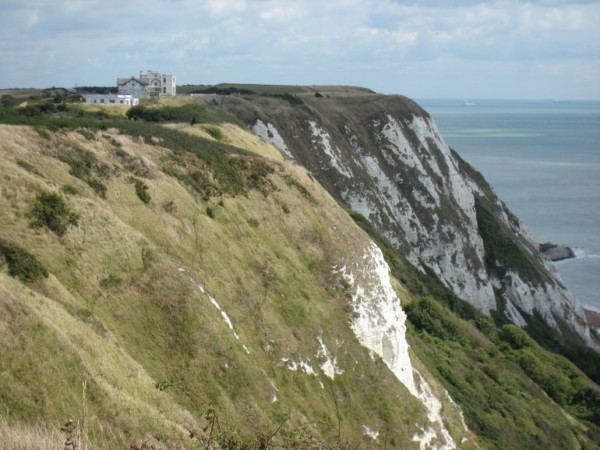 white-cliffs-of-dover-photo_998526-770tall