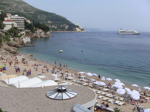 Banje_beach,_Dubrovnik,_Croatia